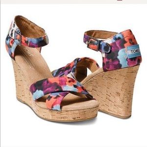 TOMS • Oahu Ikat Strappy Cork Wedge Sandals